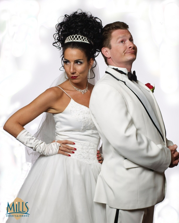 TONY N' TINA'S WEDDING hits McDavid Studio in October.