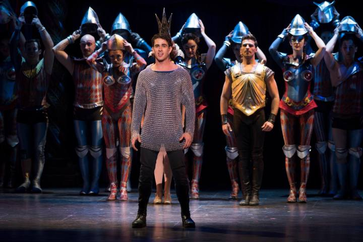 Sam Lips plays the role of PIPPIN in the national tour.